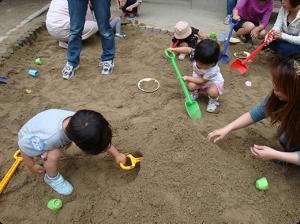 砂場で遊ぼう006