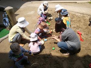 砂場で遊ぼう004
