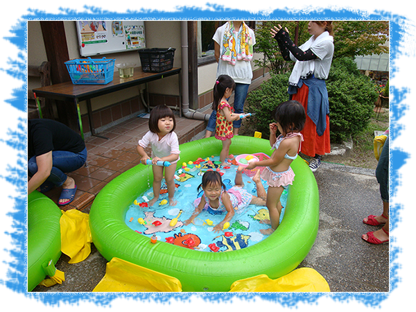 プールで遊ぼう!写真