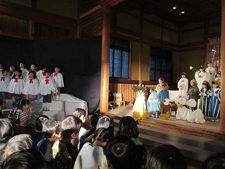 クリスマス礼拝および祝会